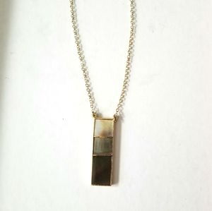 Stone pendant gold chain necklace beige to brown